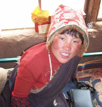 nomad Tibetan girl